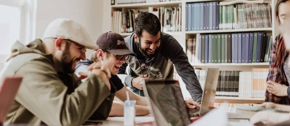Met de KreaNova Innovation Contest gaan teams in jouw organisatie met elkaar de strijd aan om de beste ideeën voor innovatie te bedenken.